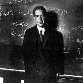 Kuantum fiziğinden şok olmamış bir fizikçi, fiziği anlamamıştır. Niels Bohr