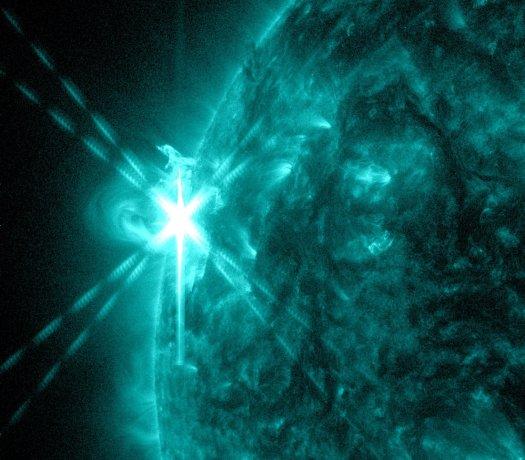 3 Mayıs 2013'te en güçlü hâlini alan bir Güneş patlaması. NASA/SDO/AIA