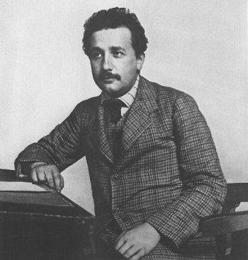 Albert Einstein patent ofisinde çalıştığı yıllarda...