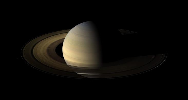 12 Ağustos 2009 tarihinde Cassini uzay aracı tarafından görüntülenen Satürn gezegeni. Credit: NASA