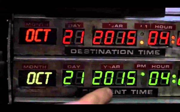 Geçtiğimiz günlerde filmdeki zamanda yolculuğun yapıldığı günü yaşamıştık.